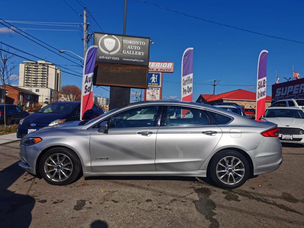 2017-Ford-Fusion Hybrid