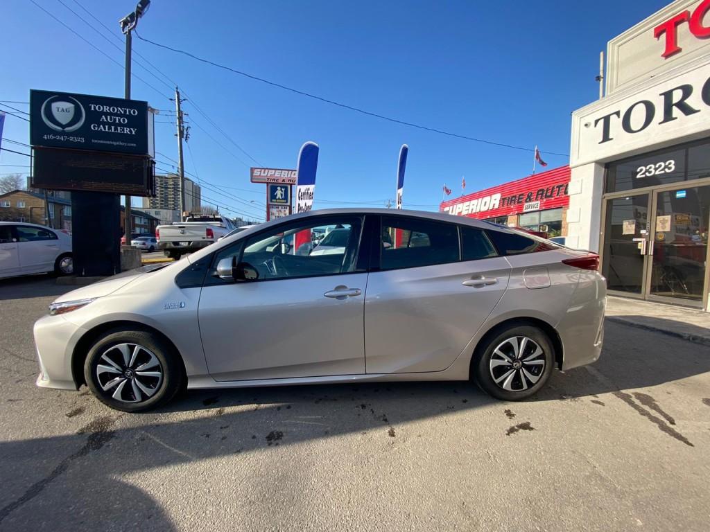 2019-Toyota-Prius