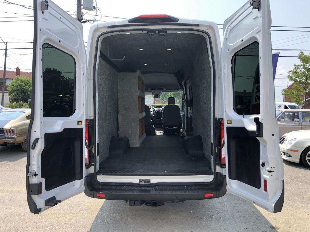 2018-Ford-Transit-350 HD