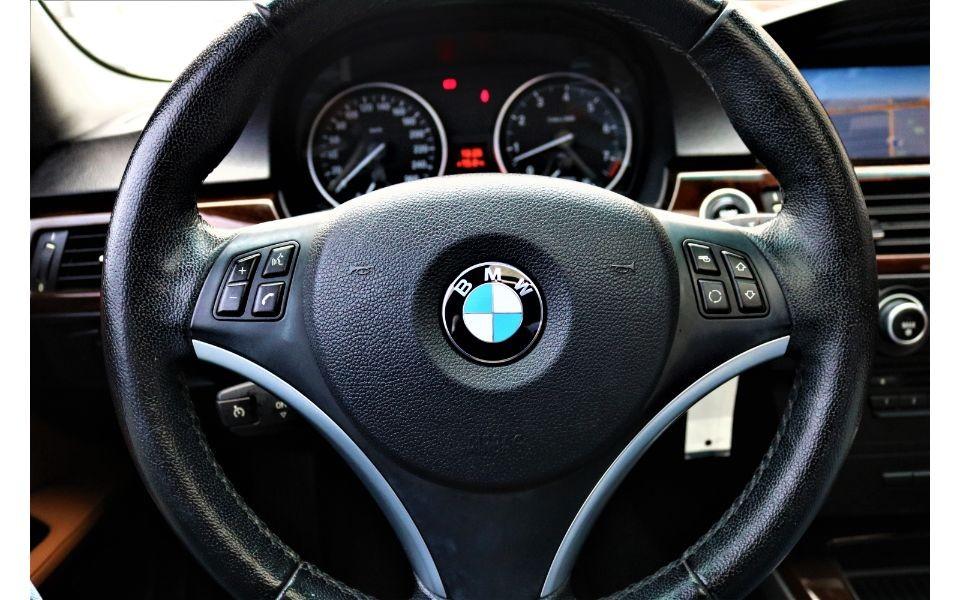 2011-BMW-328i xDrive