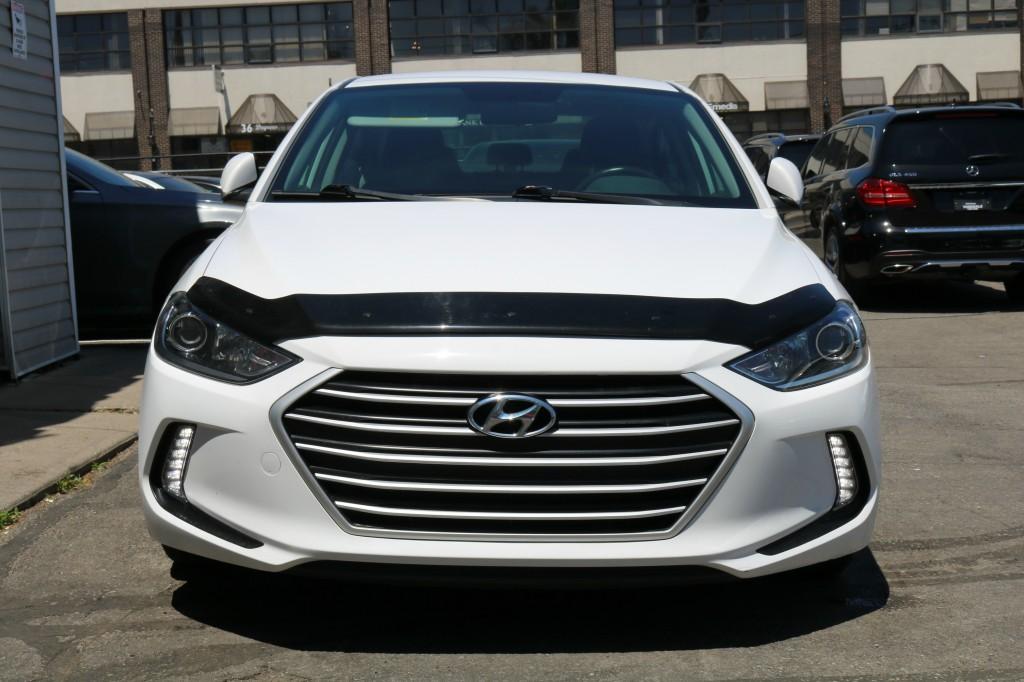 2017-Hyundai-Elantra