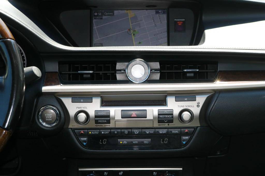 2015-Lexus-ES 350