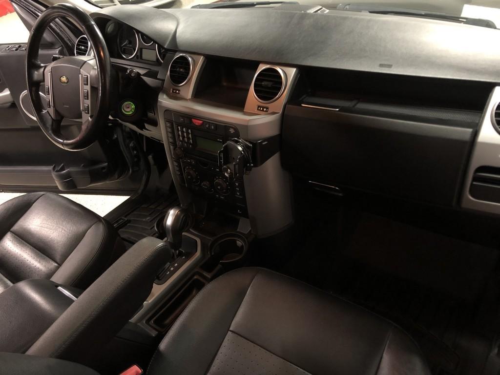 2009-Land Rover-LR3