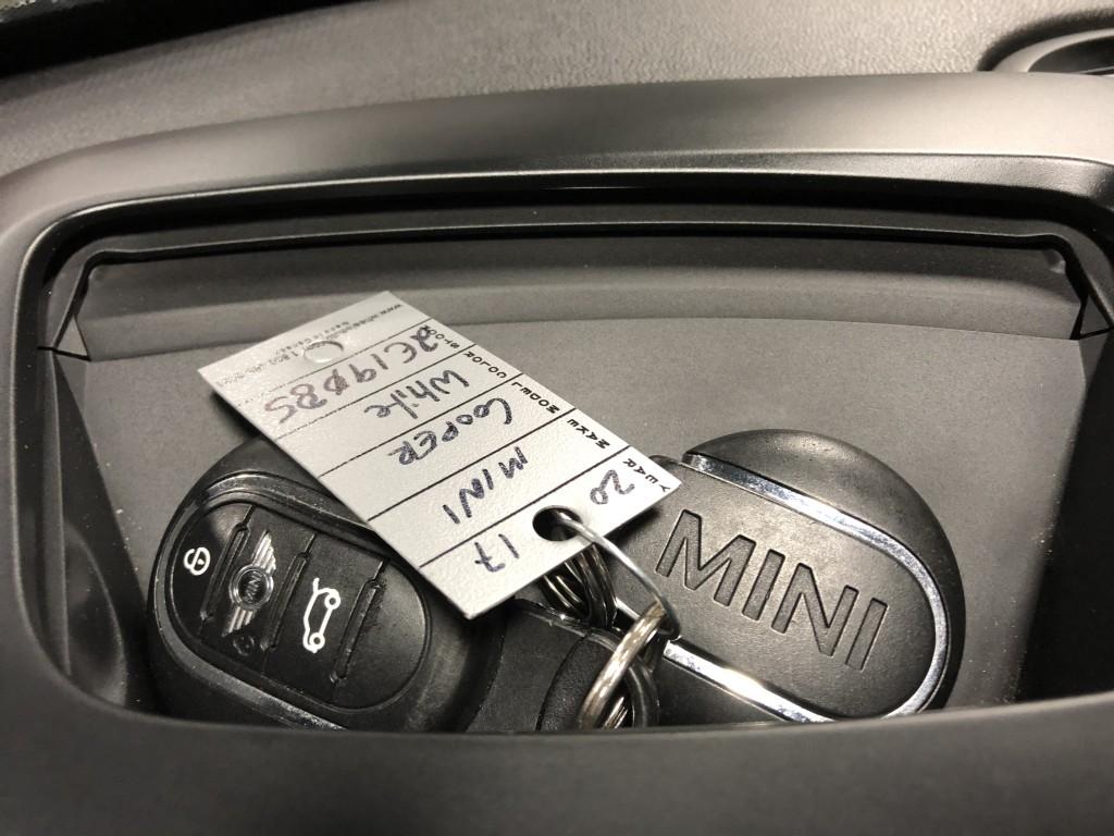 2017-MINI-Cooper