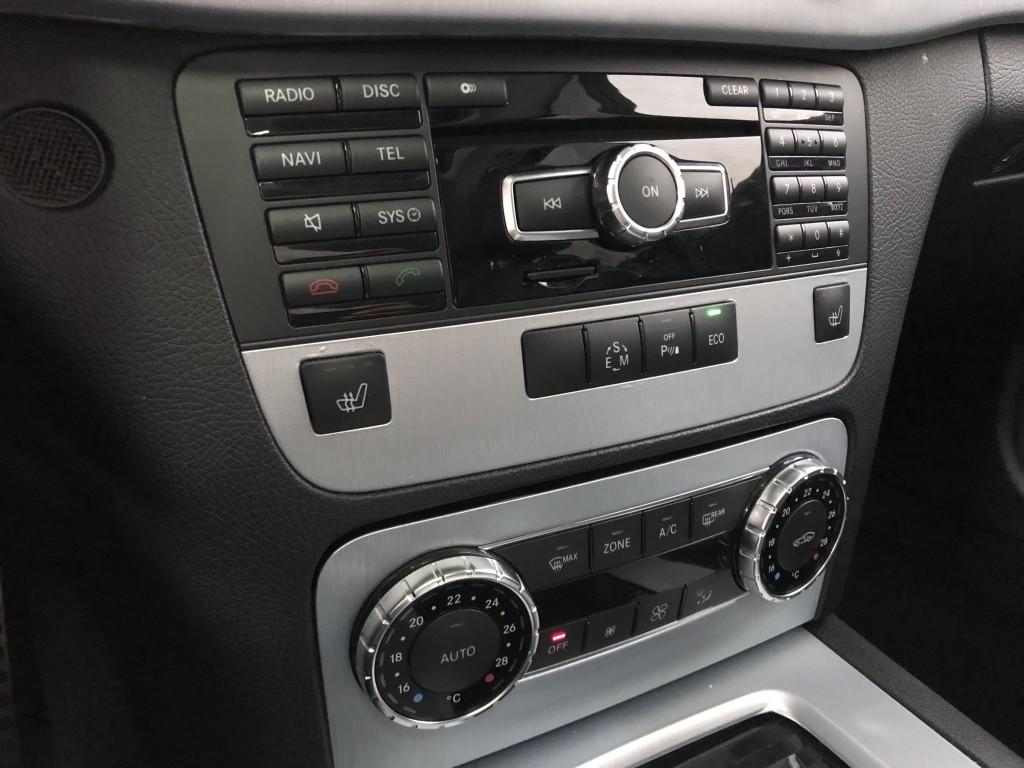 2013-Mercedes-Benz-GLK350 4MATIC