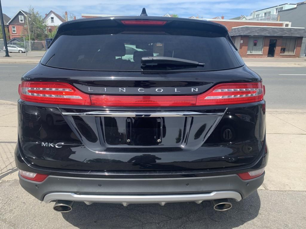 2019-Lincoln-MKC