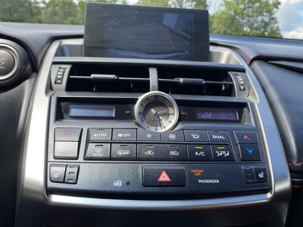2016-Lexus-NX 200T