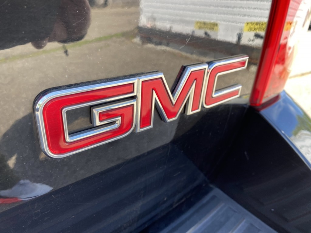 2011-GMC-Yukon