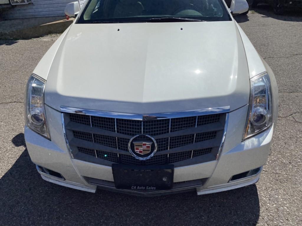 2010-Cadillac-CTS Wagon