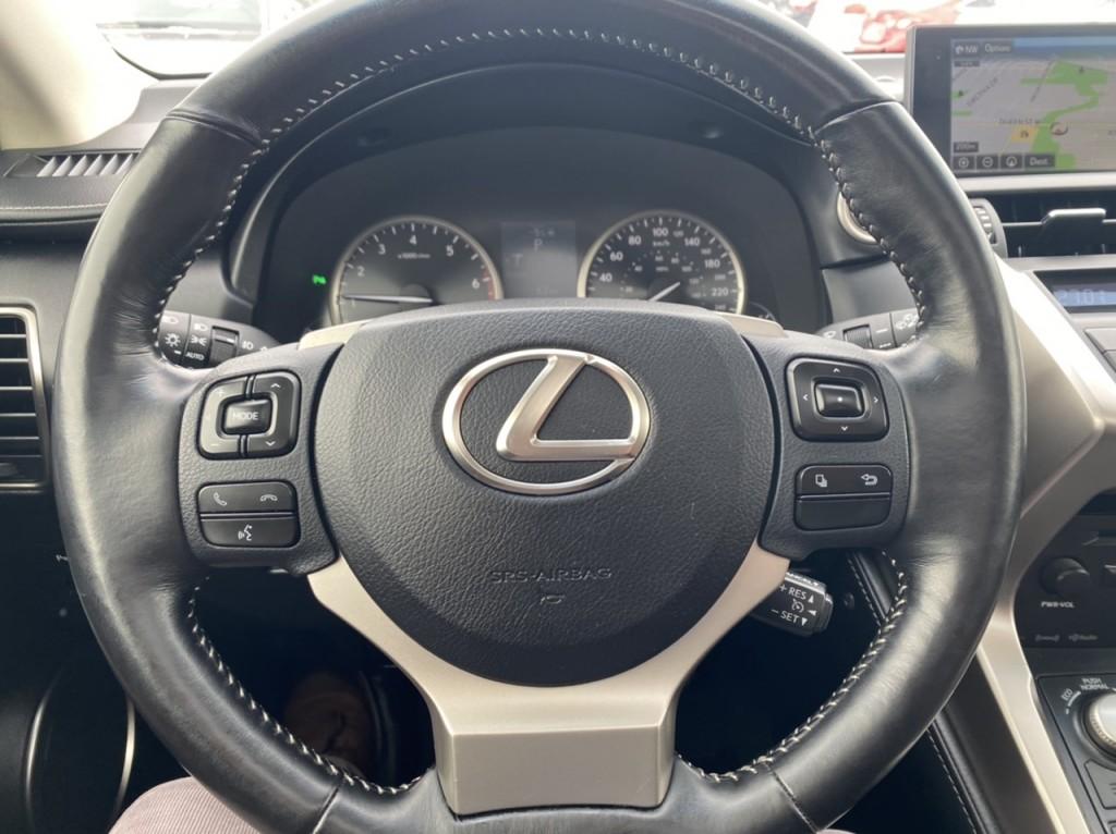 2017-Lexus-NX 200T