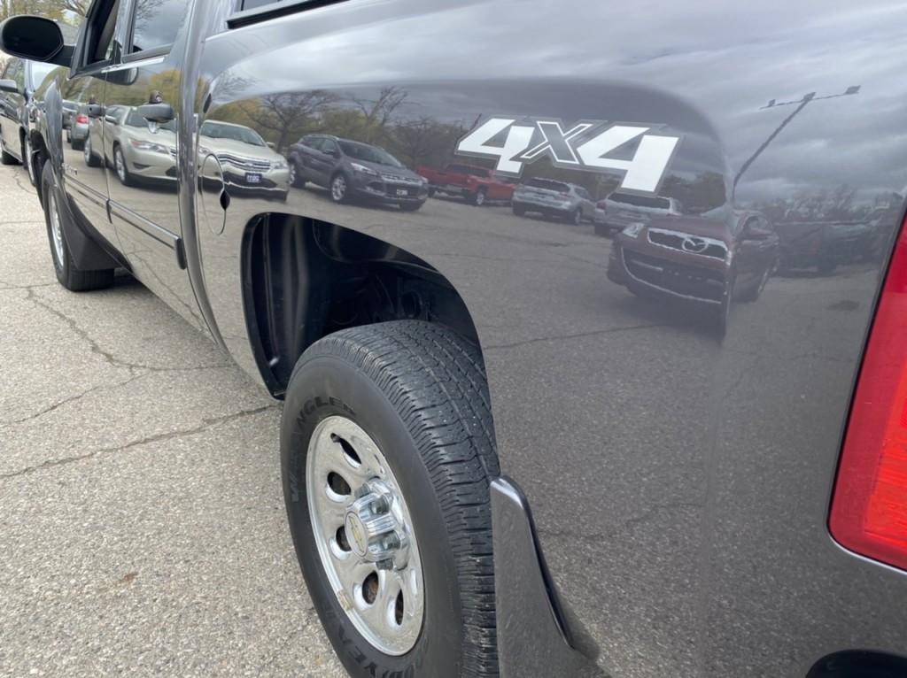2011-Chevrolet-Silverado 1500