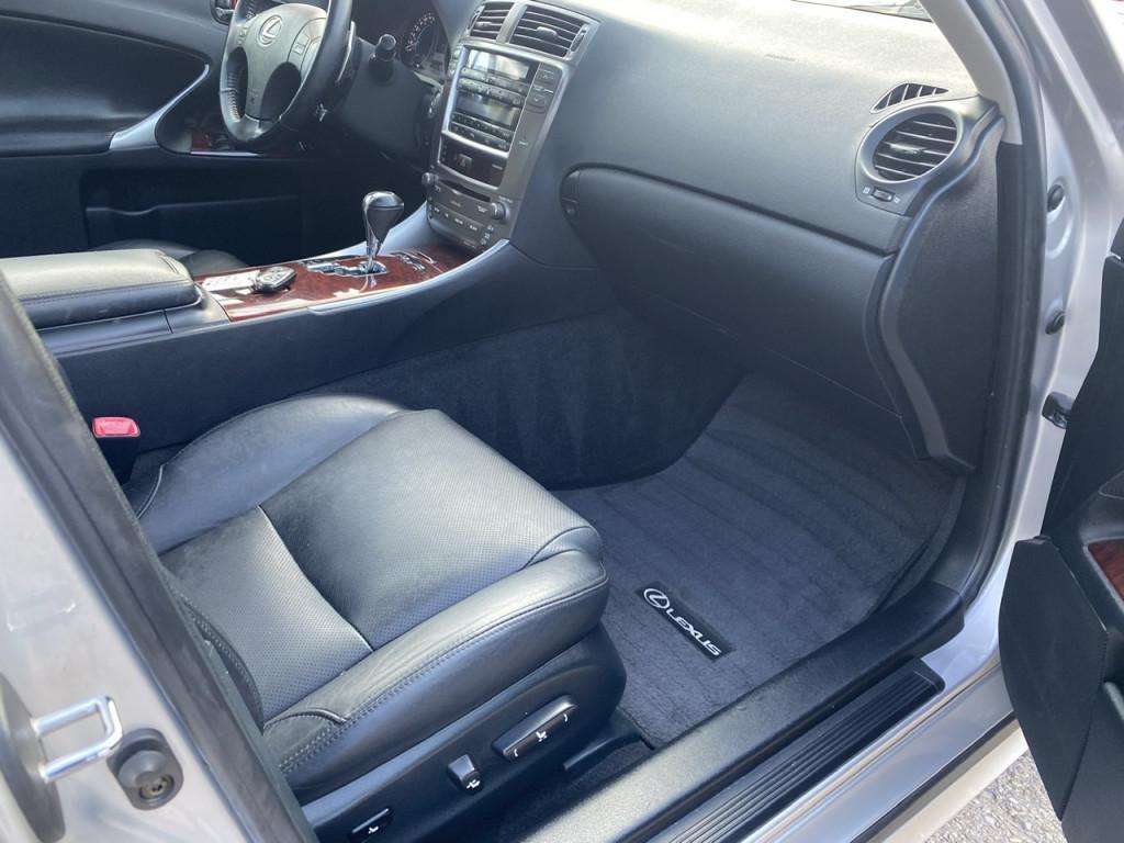 2006-Lexus-IS 250