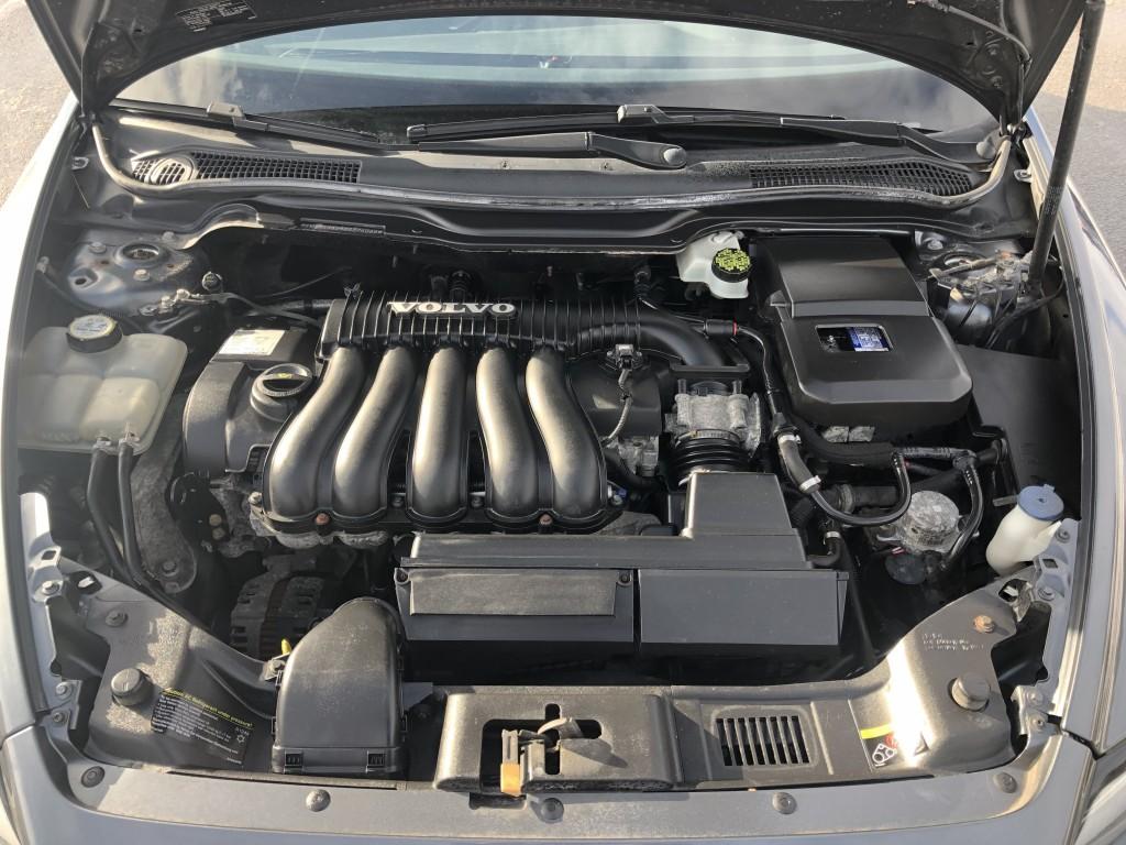 2008-Volvo-S40