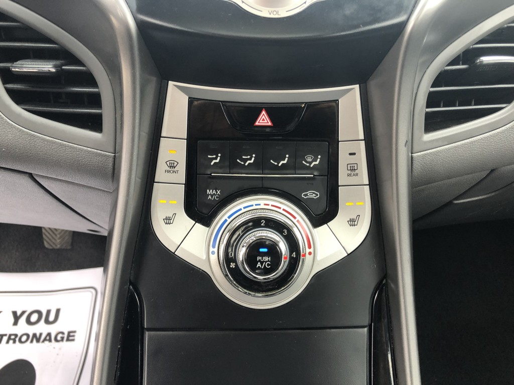 2011-Hyundai-Elantra