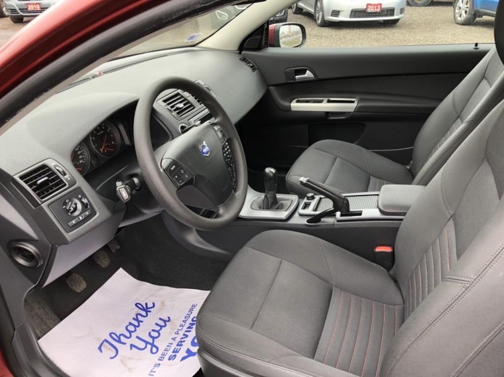 2011-Volvo-C30