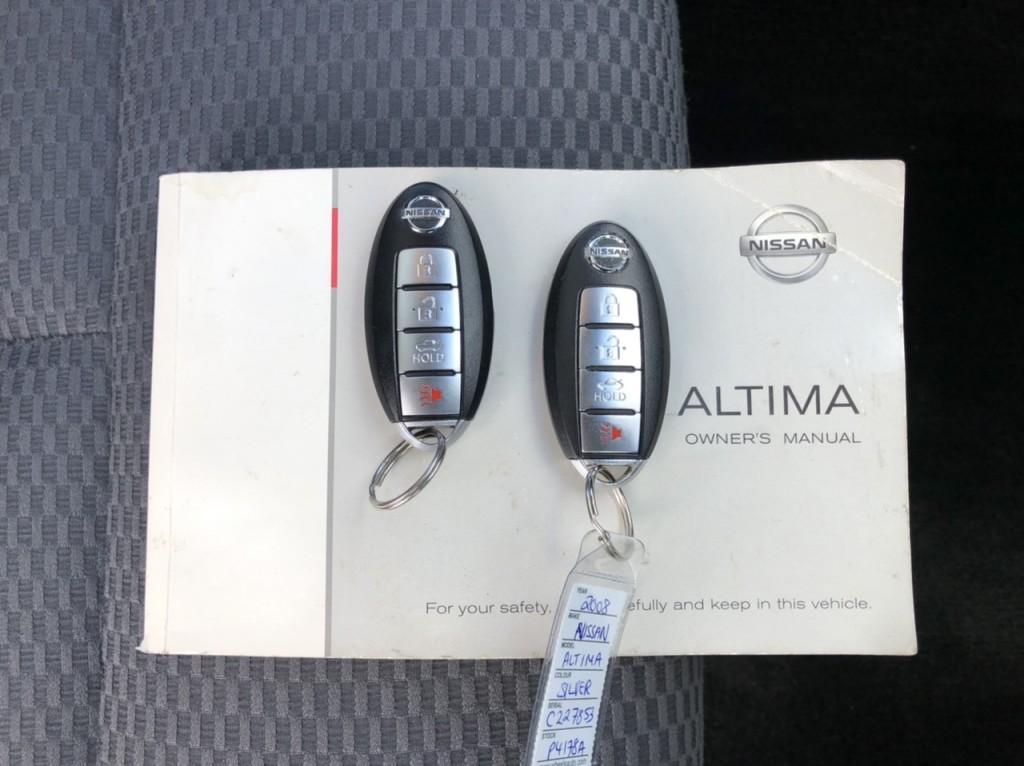 2008-Nissan-Altima