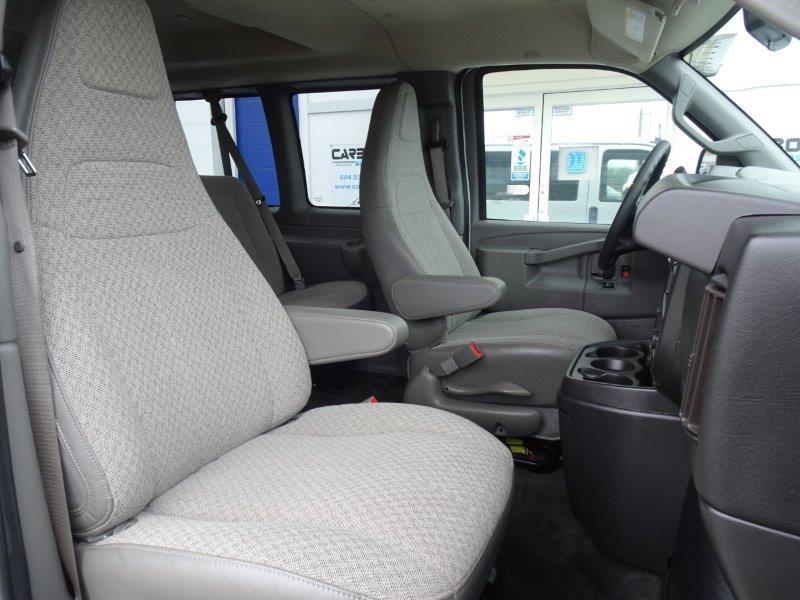 2018-Chevrolet-Express Passenger