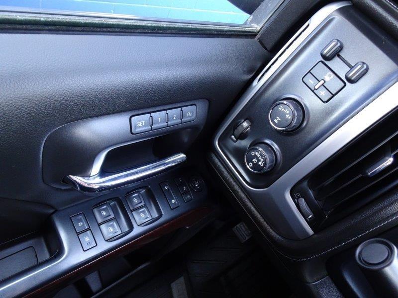 2017-GMC-Sierra 3500HD
