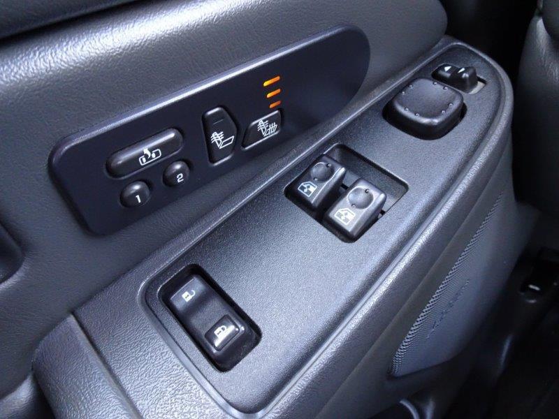 2006-GMC-Sierra 2500HD