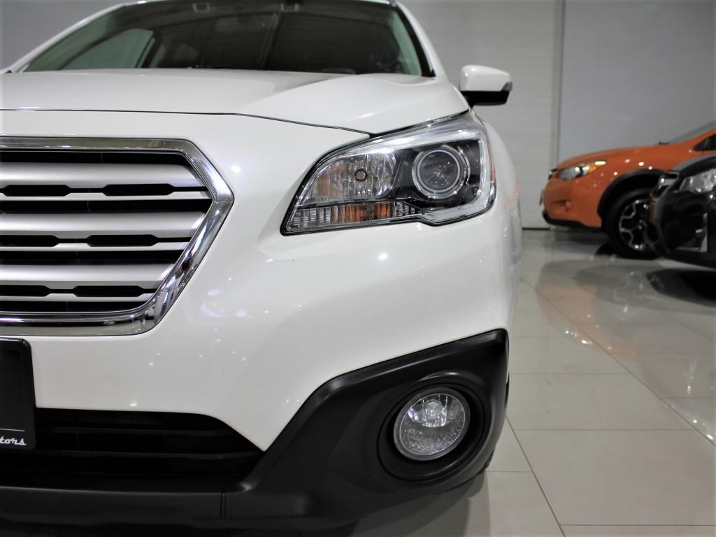 2016-Subaru-Outback