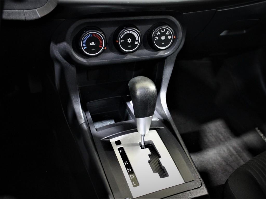 2015-Mitsubishi-Lancer