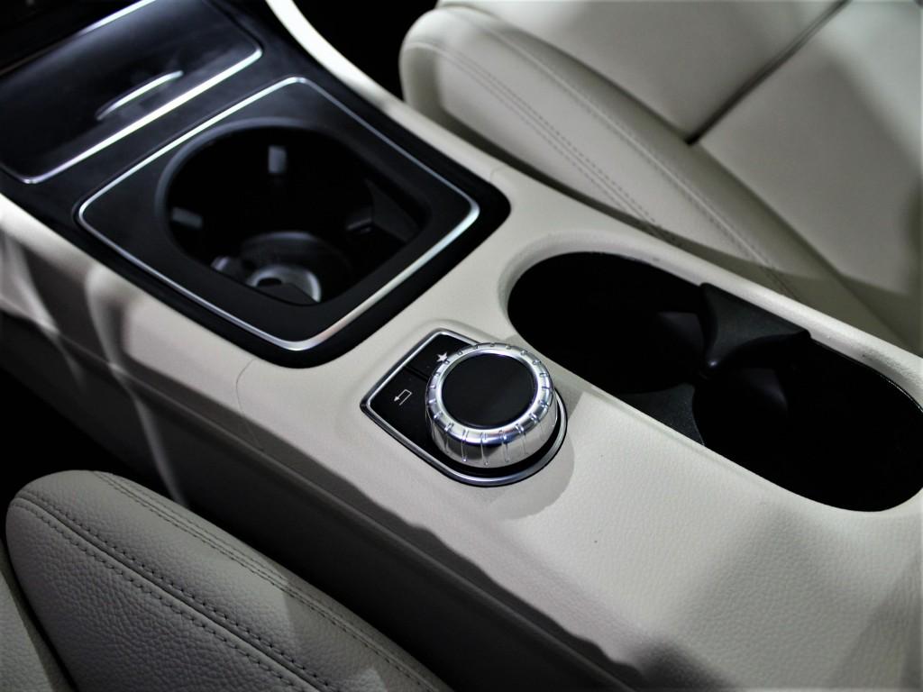 2018-Mercedes-Benz-CLA-Class