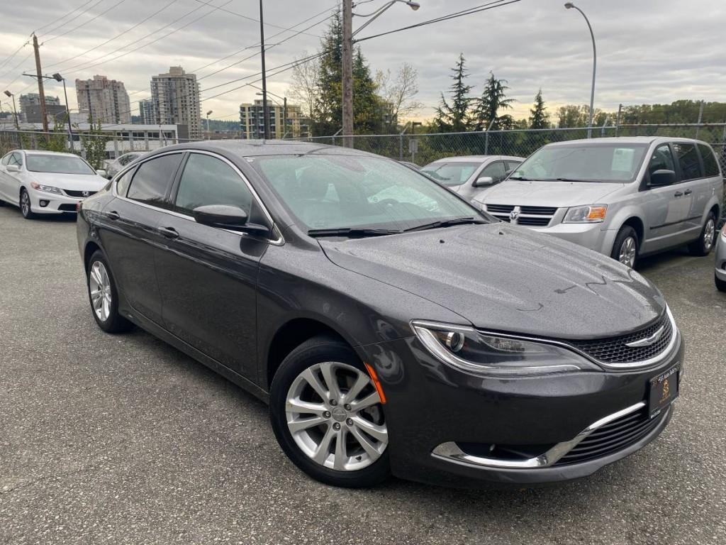 2017-Chrysler-200