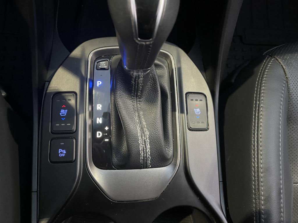 2015-Hyundai-Santa Fe XL