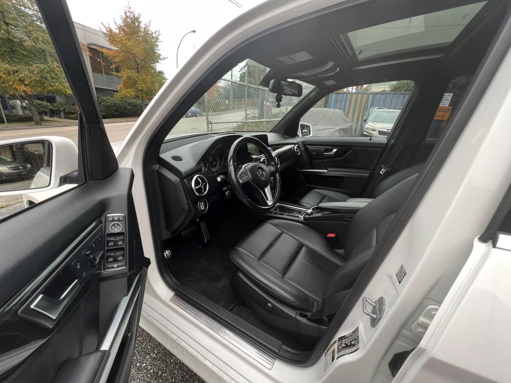 2015-Mercedes-Benz-GLK-Class