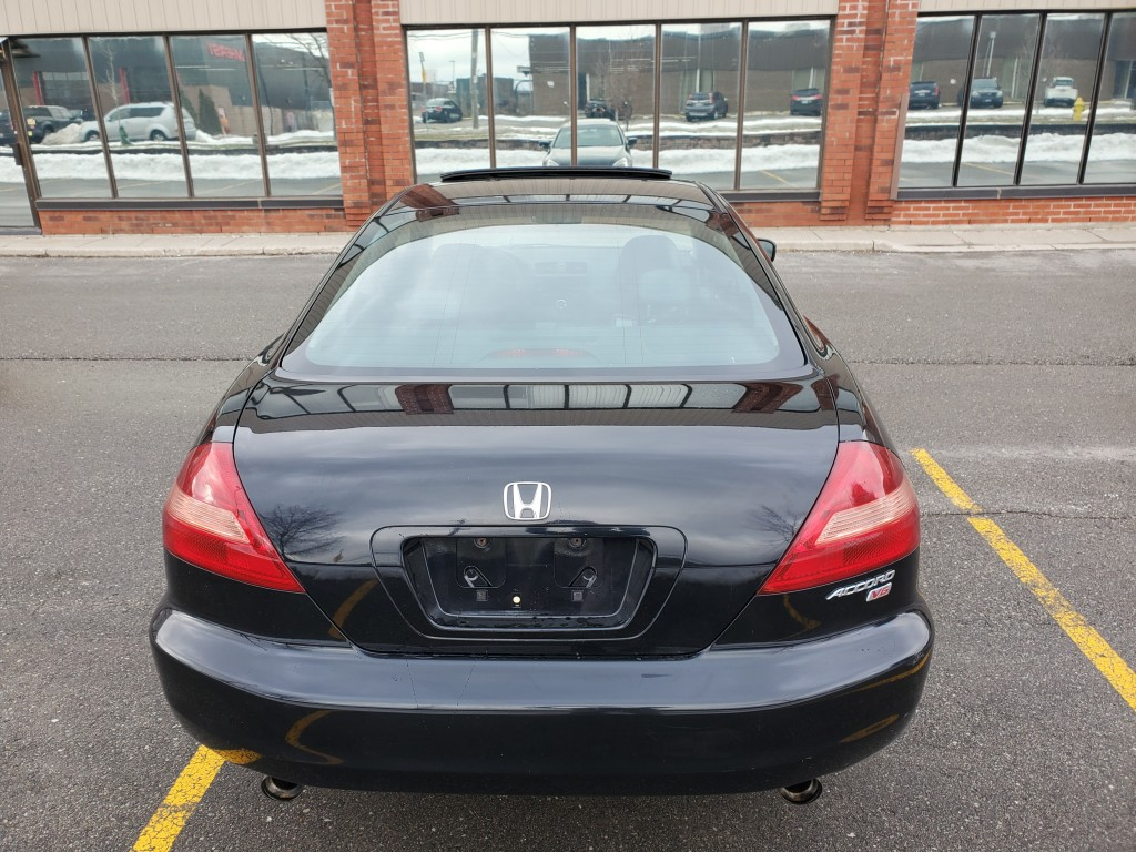 2005-Honda-Accord Coupe