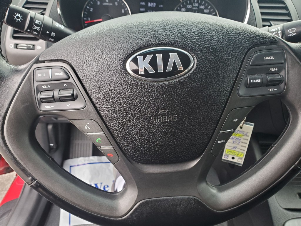 2015-Kia-Forte