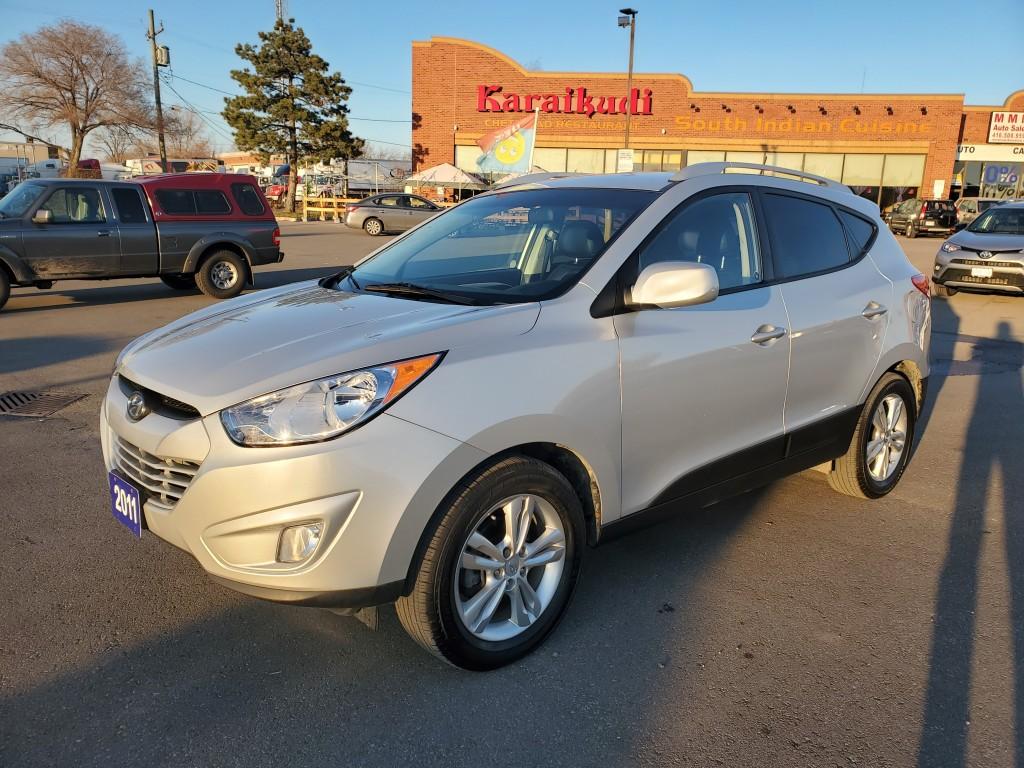 2011-Hyundai-Tucson