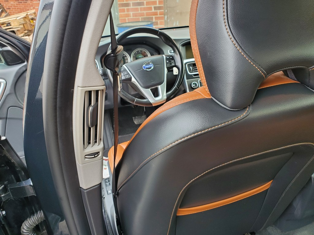 2013-Volvo-S60