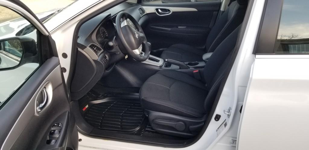 2014-Nissan-Sentra