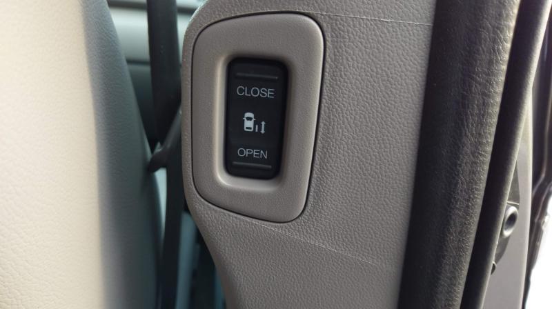 2015-Honda-Odyssey