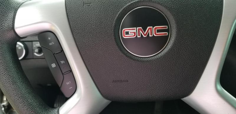 2011-GMC-Acadia
