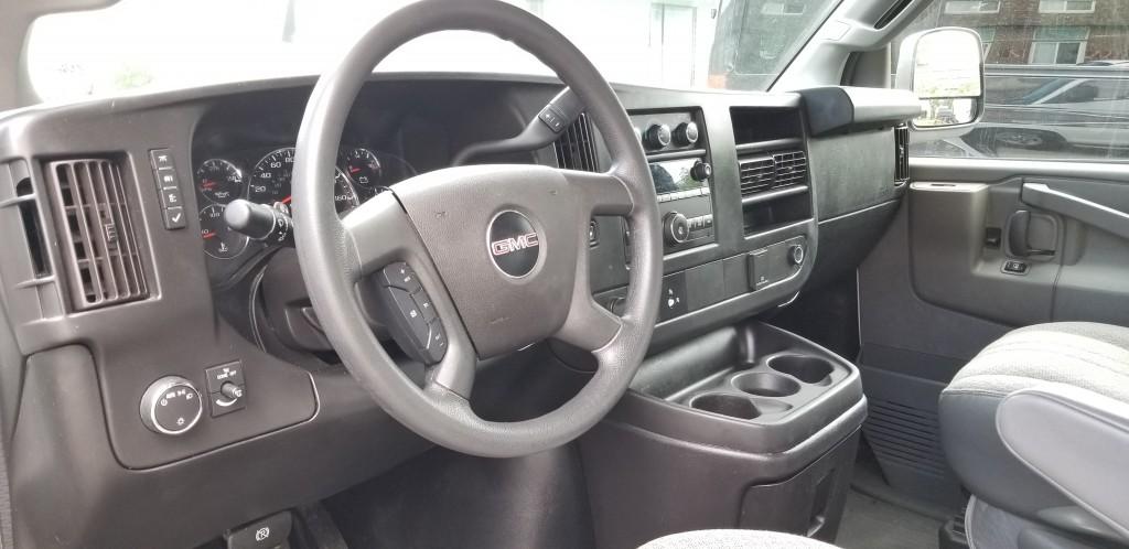 2017-GMC-Savana Cargo Van
