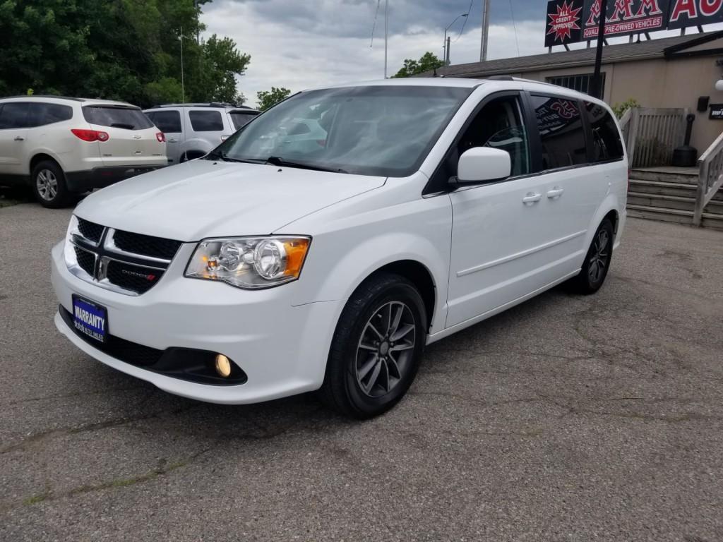 2017-Dodge-Grand Caravan