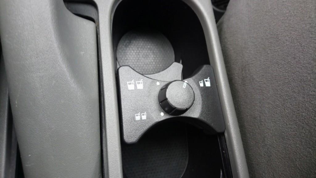 2009-Nissan-Sentra