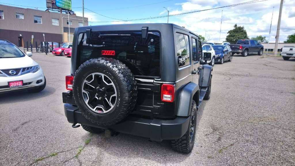2011-Jeep-Wrangler Unlimited