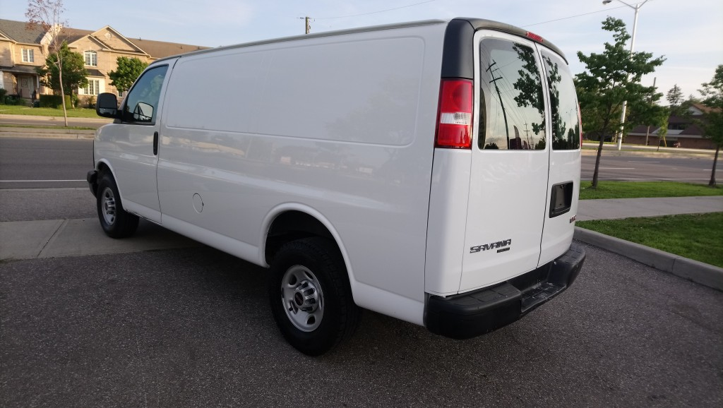 2016-GMC-Savana Cargo Van
