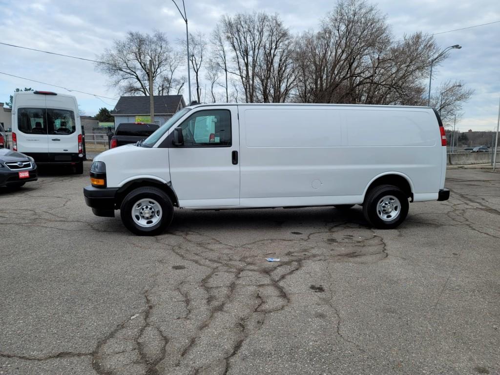2021-Chevrolet-Express Cargo Van