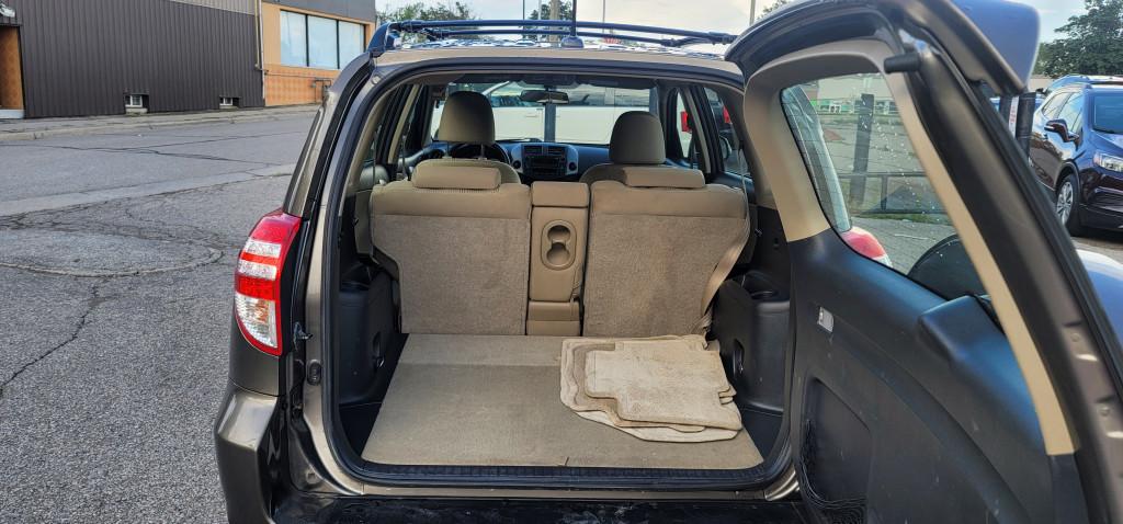 2011-Toyota-RAV4
