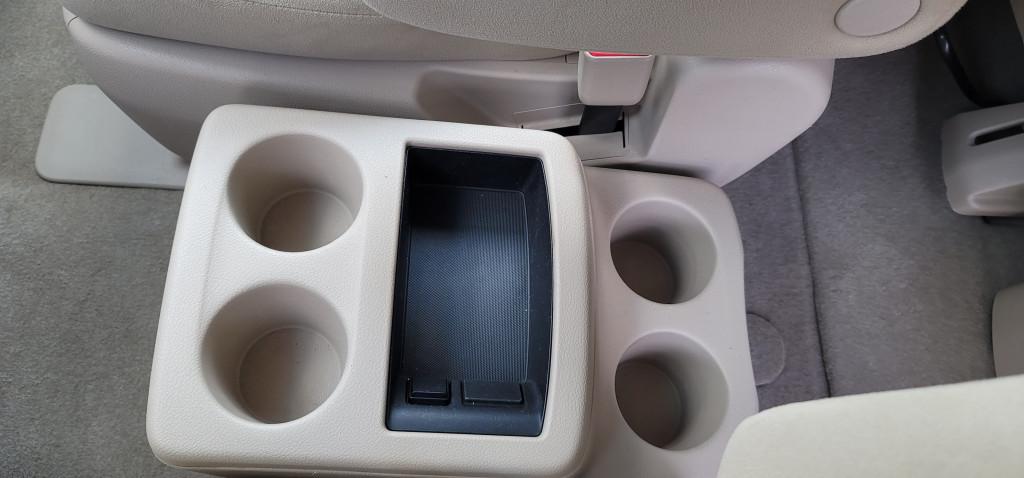 2012-Nissan-Quest