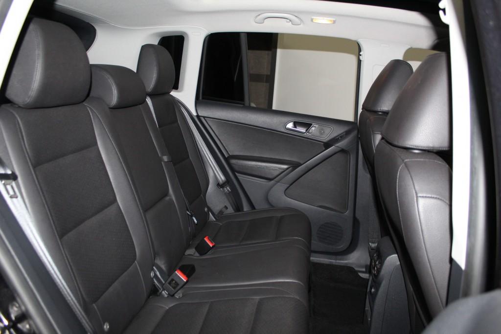 2013-Volkswagen-Tiguan