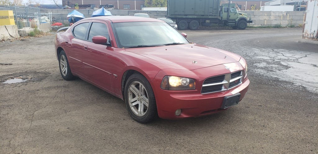 2006-Dodge-Charger