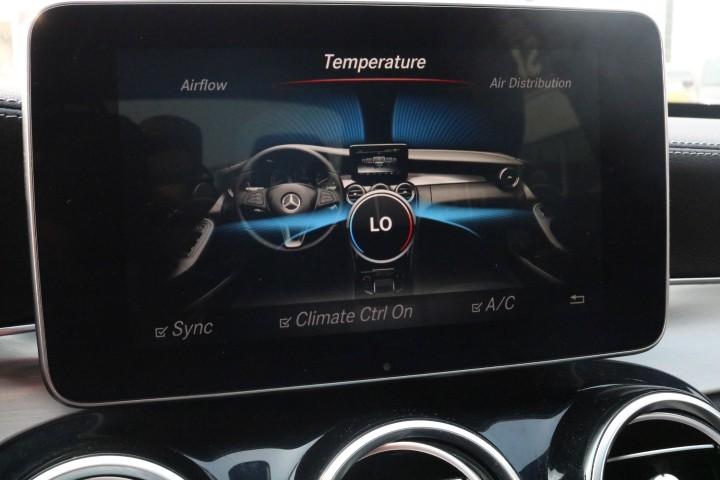 2016-Mercedes-Benz-C300