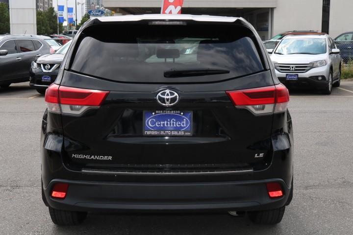 2018-Toyota-Highlander