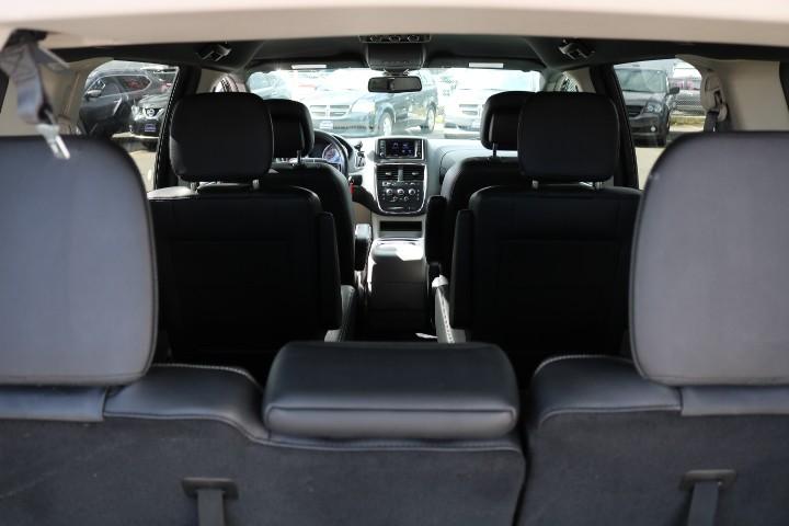 2019-Dodge-Grand Caravan