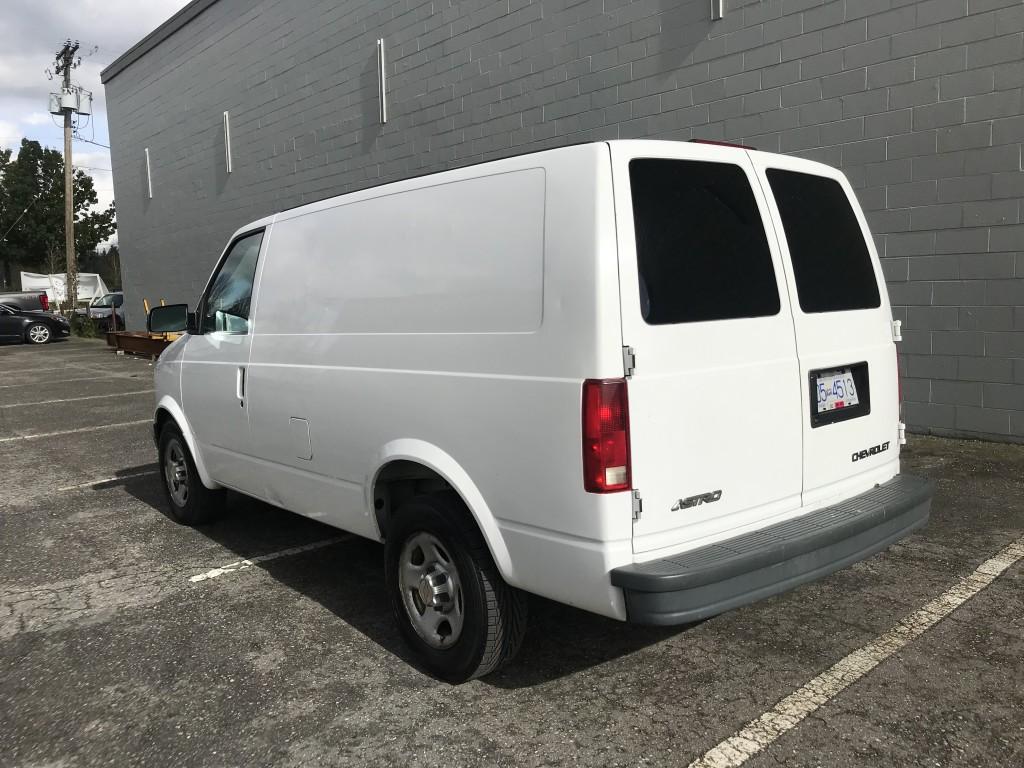 2004-Chevrolet-Astro